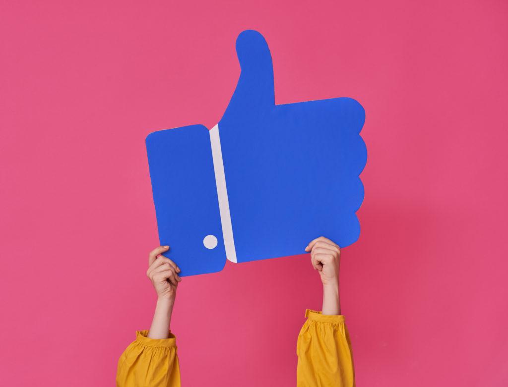 Wirtualna Asystentka - jak przekształcić profil prywatny w stronę na Facebooku?
