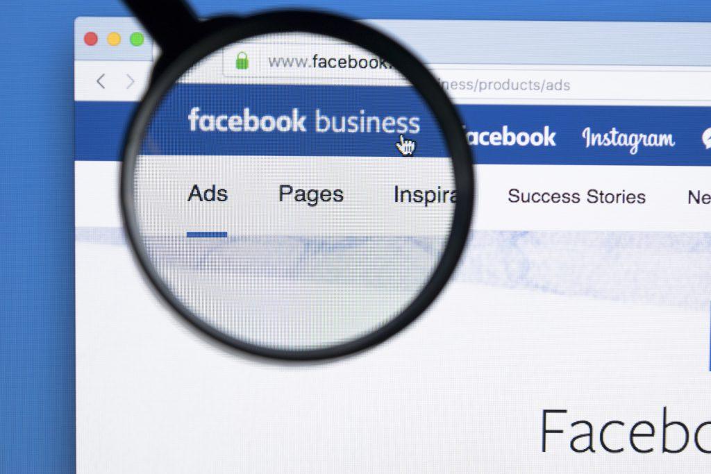 Wirtualna Asystentka Czy warto przekształcić profil prywatny w stronę na Facebooku?